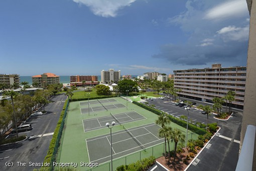 Bayshore Yacht & Tennis Club #717